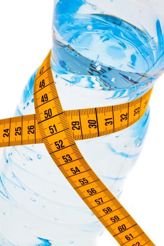 Como perder peso bebiendo Agua