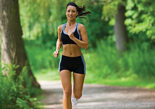 Caminar o correr ¿Qué es mejor para bajar de peso?