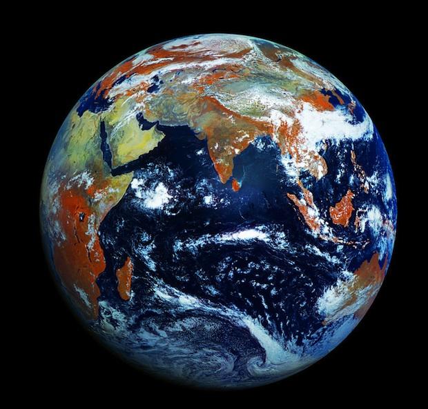 Excelente imagen completa de la Tierra en HD
