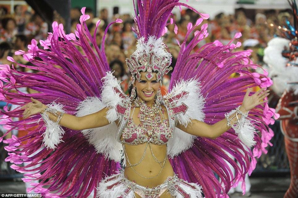 Ver el Carnaval de Brasil 2013 por YouTube en vivo