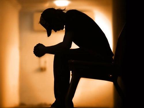 Como se relaciona el estrés con la depresión