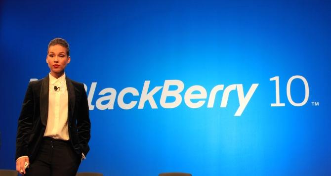 Alicia Keys le dice Adios a Blackberry