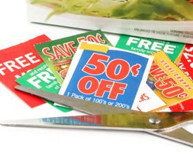 cupones-de-alimentos-en-el-periodico-o-diario-los-domingos