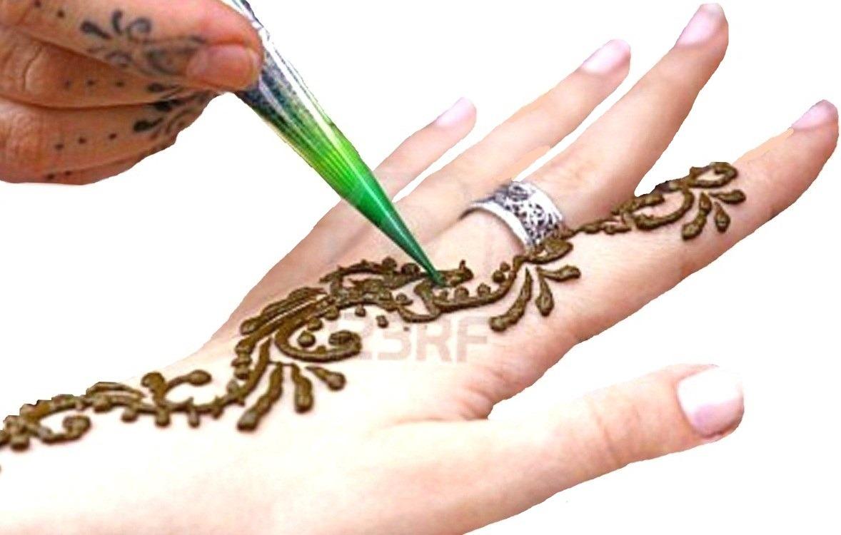Como preparar y aplicar la henna para tatuajes for Henna para manos