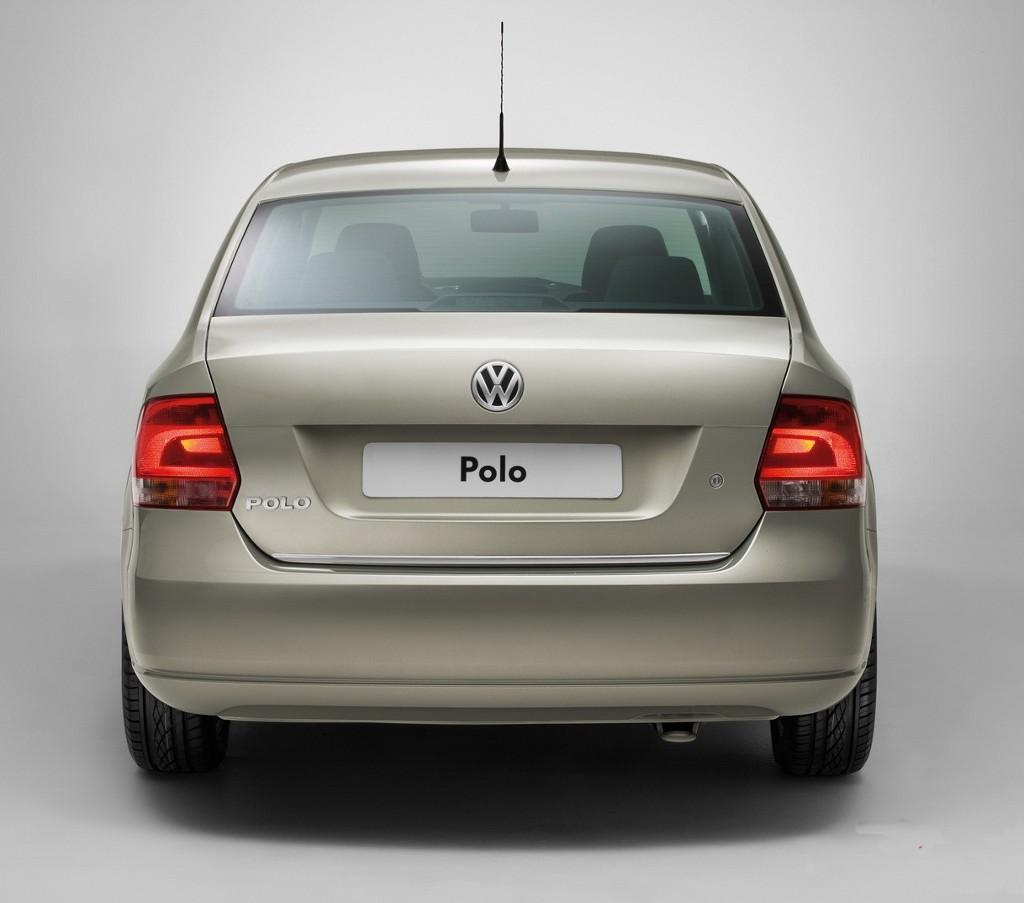 vw-polo-sedan-07